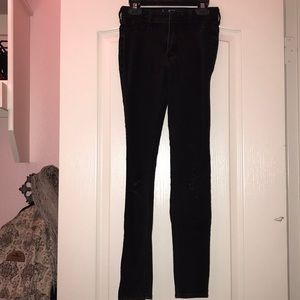high waisted hollister ( ripped at knee ) jeggings